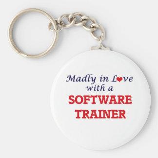 Enojado en amor con un instructor del software llavero redondo tipo pin