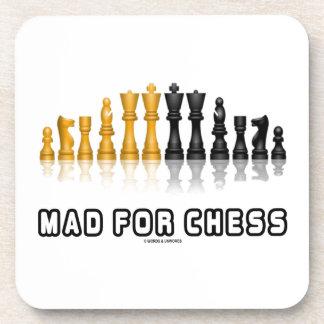 Enojado para el ajedrez (juego de ajedrez reflexiv posavasos de bebidas