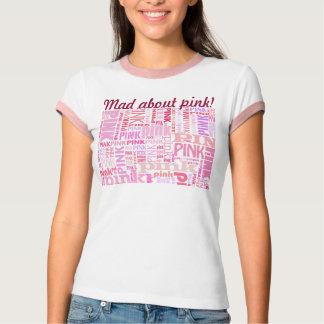 Enojado sobre tipografía tipográfica rosada playera