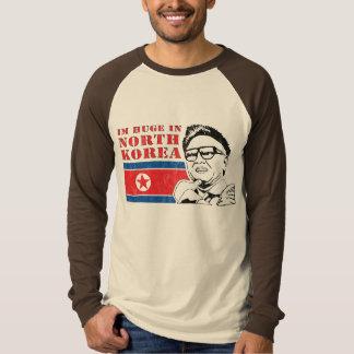 enorme solamente en Corea del Norte - Kim Jong-il Remera