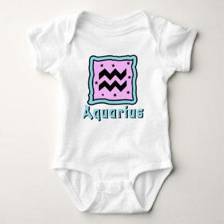 Enredadera del bebé del acuario o camiseta linda playera