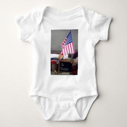 Enredadera del niño del profesor #1 camisas