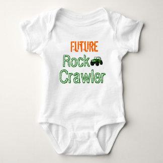 Enredadera futura del niño de la correa eslabonada t-shirts