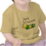 Enredadera linda del niño de Caterpillar Camiseta