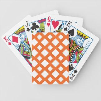 Enrejado anaranjado en blanco baraja cartas de poker