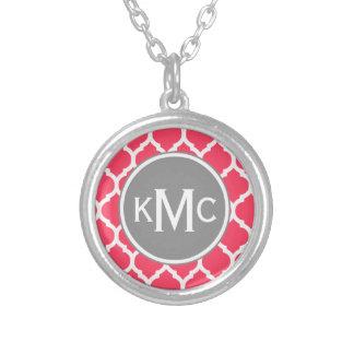 Enrejado marroquí con monograma gris rosado brilla grimpolas
