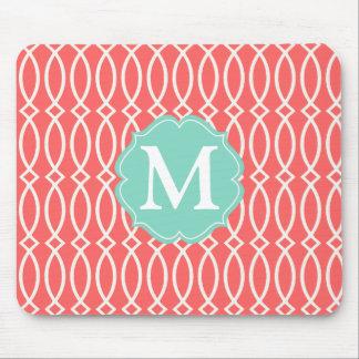Enrejado moderno coralino elegante personalizado mouse pads