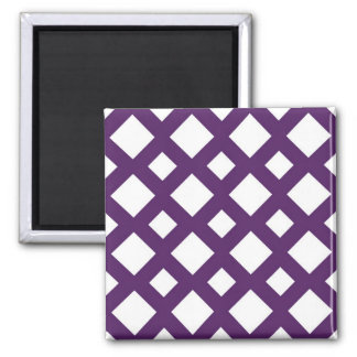 Enrejado púrpura en blanco imán cuadrado
