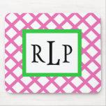 Enrejado rosado Mousepad con monograma