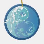 Enrollamiento del ornamento azul de Yin y de Yang Adorno