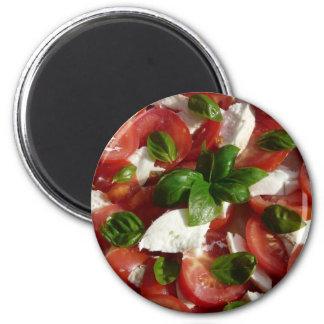 Ensalada del tomate y de la mozzarella imán redondo 5 cm
