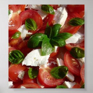 Ensalada del tomate y de la mozzarella póster