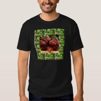 Ensaladas sanas de los jugos de las remolachas de camisas