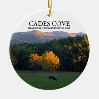 Ensenada de Cades - ciervo Widlife - ornamento del Adorno Navideño Redondo De Cerámica