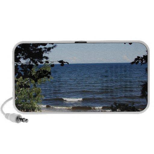 Ensenada de la playa laptop altavoces