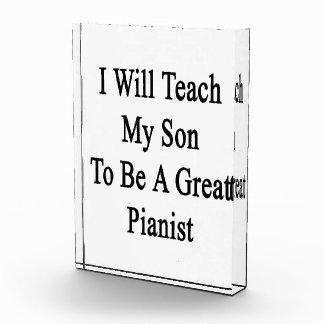 Enseñaré a mi hijo a ser gran pianista