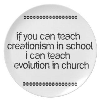 Enseñe a la evolución en iglesia plato para fiesta