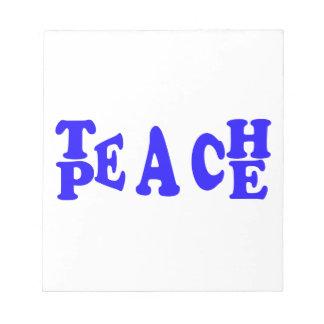Enseñe a la paz en libreta azul de la fuente libretas para notas