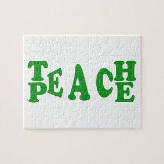 Enseñe a la paz en rompecabezas verde oscuro de la