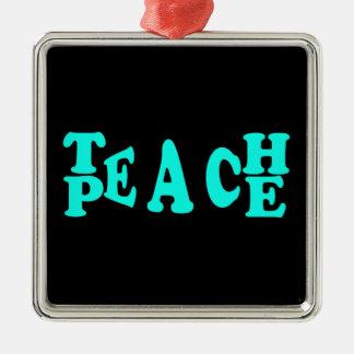 Enseñe al melocotón en fuente azul clara adorno navideño cuadrado de metal