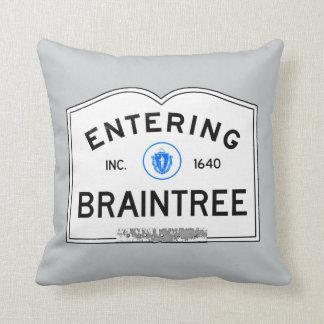 Entering Braintree Pillow