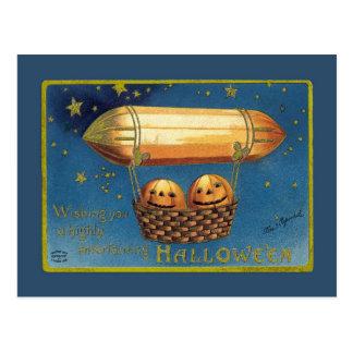 Entertaining Halloween Post Cards