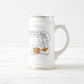 Entrada al cielo para el goldfish. taza de café