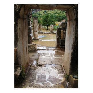 Entrada de piedra romana antigua en Ephesus Turqu Tarjetas Postales