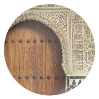 Entrada en el palacio de Alhambra en Granada, Espa Platos