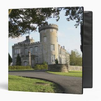 "Entrada lateral del castillo de Dromoland sin gent Carpeta 1 1/2"""