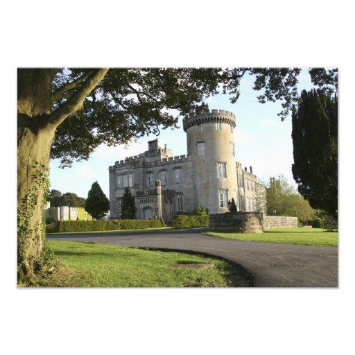 Entrada lateral del castillo de Dromoland sin gent Fotografía