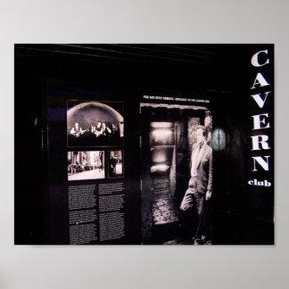 Entrada original del club de la caverna, póster