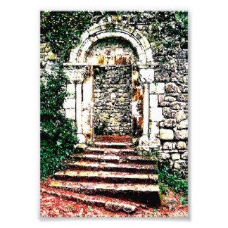 Entrada y escaleras de la roca en castillo del Moo Fotos