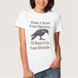 entrañas de la camisa en blanco