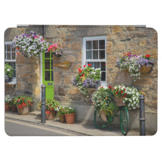 Entrance to Smugglers Bed and Breakfast iPad Air Cover