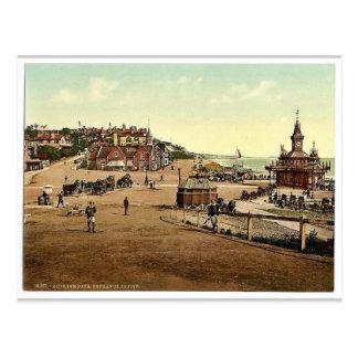 Entrance to the harbor, Bournemouth, England vinta Postcard