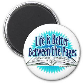 Entre el estilo del azul de las páginas imán redondo 5 cm