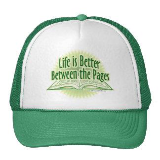 Entre el estilo verde de las páginas gorras de camionero