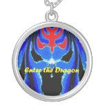 Entre en el dragón azul colgante