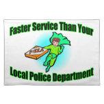 Entrega de la pizza más rápidamente que policía mantel