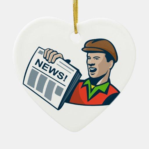 Entrega del periódico del vendedor de periódicos adorno de cerámica en forma de corazón