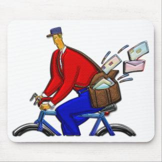 Entrega especial del mensajero de la bici AKA Alfombrillas De Ratón