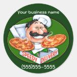 Entrega rápida de la pizza del cocinero italiano etiqueta redonda