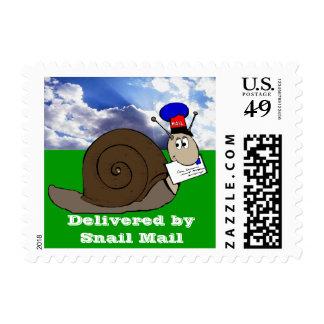 Entregado por el snail mail timbres postales