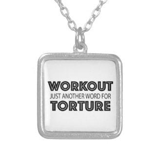 ENTRENAMIENTO apenas otra palabra para la TORTURA Collar Plateado