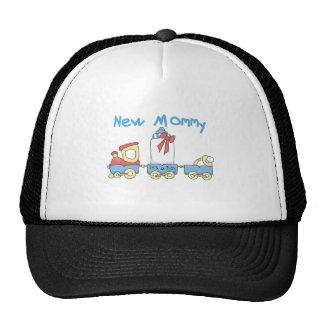 Entrene a la nueva mamá de las camisetas y de los gorros bordados