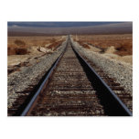 Entrene a las pistas, desierto de Mojave, Californ Tarjetas Postales