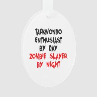 Entusiasta del Taekwondo del asesino del zombi