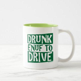 Enuf borracho a conducir tazas de café