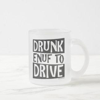 Enuf borracho a conducir tazas